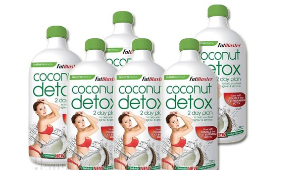 thanh-loc-co-the-giam-mo-thua-fatblaster-coconut-detox-2-day-plan-750ml-cua-uc_1 (1)