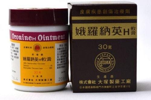 Kem bôi Oronine H Ointment có tác dụng gì-2